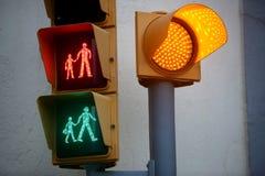Voetverkeerslicht met alle lichten Royalty-vrije Stock Foto's