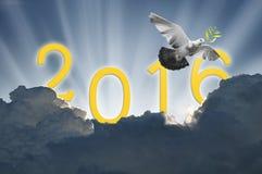 vogel in de lucht op hemel 2016 achtergrond, allen Royalty-vrije Stock Fotografie