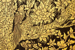Vogel en bloem in het traditionele Thaise stijl schilderen Stock Foto's