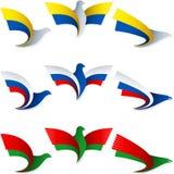 Vogel-Fliegen-Flaggen-Zeichen-Symbol-Insignien Ukraine Russland Weißrussland Stockfoto