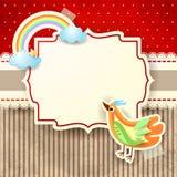 Vogel und Regenbogen auf Papphintergrund Lizenzfreie Stockbilder