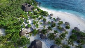 Vogelansicht von Malediven-Insel Stockbild