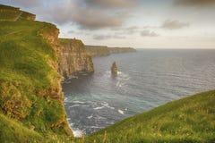 Vogelaugenansichten von den Klippen von moher in der Grafschaft Clare Irland Lizenzfreie Stockfotos