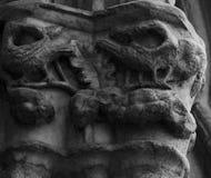 Vogelgeschöpfe auf den cathedralÂs ernstlich stockfotografie