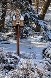 Vogelhuis in de Winter Stock Foto's