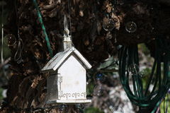 Vogelhuis en zeepbels Royalty-vrije Stock Foto's