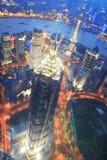 Vogelperspectief van Shanghai Pudong bij nacht Royalty-vrije Stock Foto's