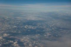 Vogelperspektive über dem Himmel Lizenzfreie Stockfotografie