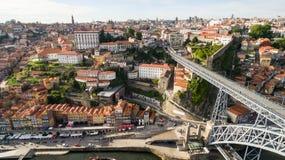 Vogelperspektive über Porto-` s alter Stadt, Ribeira-, Duoro-Fluss und der Brücke Porto-Brücke Luiz I, am 17. Mai 2017 Stockfoto