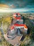 Vogelperspektive alten Palanok-Schlosses oder des Mukachevo-Schlosses, Ukraine, errichtet im 14. Jahrhundert Lizenzfreie Stockfotos