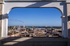 Vogelperspektive auf Cienfuegos, Kuba lizenzfreies stockbild