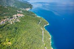 Vogelperspektive auf der Bucht Italien Stockbild