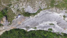 Vogelperspektive auf der Dnister-Schlucht, dem Fluss und der Bakota-Bucht im Nationalpark Podillya Tovtry Standortplatz: Bakota stock footage