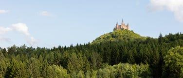 Vogelperspektive berühmten Hohenzollern-Schlosses, Stammsitz von Lizenzfreie Stockbilder