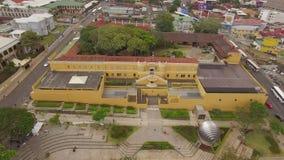 Vogelperspektive der Demokratie-Piazzas in San Jose, Costa Rica stock video footage