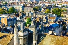 Vogelperspektive der historischen Mitte von Dijon lizenzfreie stockfotos