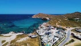 Vogelperspektive der Küste mit Booten stock video footage