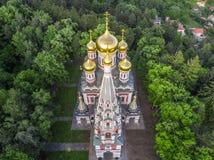 Vogelperspektive der Kirche nahe Shipka Lizenzfreies Stockfoto