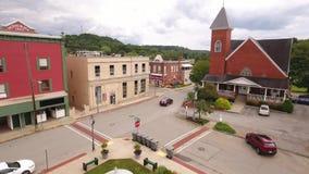 Vogelperspektive der Kleinstadt von Mars Pennsylvania stock footage