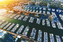 Vogelperspektive der Marina del Rey-Küstengemeinschaft im LA lizenzfreie stockfotografie