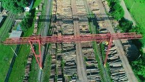 Vogelperspektive der modernen Holzbearbeitungsfabrik 4K stock footage