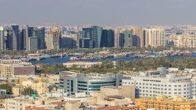 Vogelperspektive der Nachbarschaft Deira mit typischem Geb?ude timelapse, Dubai, Arabische Emirate stock footage