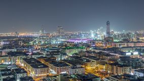 Vogelperspektive der Nachbarschaft Deira mit typischem Geb?udenacht-timelapse, Dubai, Arabische Emirate stock video