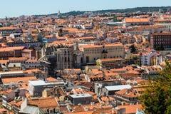 Vogelperspektive der roten Dächer von Alfama, der historische Bereich Lis Stockbild