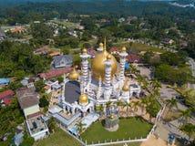 Vogelperspektive der schönen Moschee in Kuala Kangsar, Malaysia lizenzfreie stockbilder