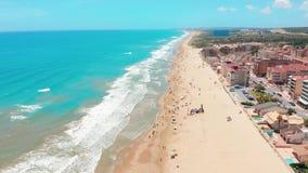 Vogelperspektive der sch?nen Str?nde von Costa Blanco, Spanien stock video footage