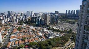 Vogelperspektive der Stadt von Sao Paulo Brazil, Nachbarschaft Itaim Bibi stockfotografie