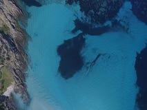 Vogelperspektive, der Strand in Sardinien, haarscharfes Wasser, Italien Lizenzfreies Stockfoto