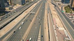 Vogelperspektive der Transportinfrastruktur in Dubai stock footage