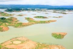 Vogelperspektive der Verdammung der Königin-Sirikit in Nan Province, Nan River, Tha stockbilder