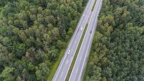 Vogelperspektive der verkehrsreichen Straße in Sosnowiec Polen stockbild