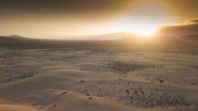 Vogelperspektive der Wüste mit Dünen lizenzfreies stockfoto