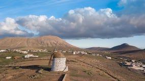 Vogelperspektive der Windmühle lizenzfreies stockfoto