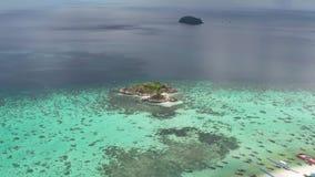 Vogelperspektive des ?berraschens von Koh Kra-Insel in Thailand stock video
