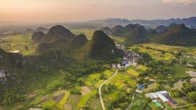 Vogelperspektive des Dorfs in Guangxi Stockbild
