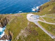 Vogelperspektive des Endes des Landes in Cornwall Stockbild