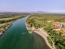 Vogelperspektive des Flusses Bojana und der Ada Bojana-Insel, Monte Stockbild