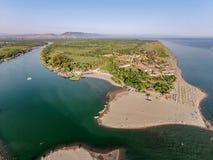 Vogelperspektive des Flusses Bojana und der Ada Bojana-Insel, Monte Stockbilder