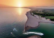 Vogelperspektive des Flusses Bojana und der Ada Bojana-Insel, Monte Lizenzfreie Stockbilder