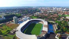 Vogelperspektive des Fußballstadions in Araraquara Fonte Luminosa, Sao Paulo staats- Brasilien stock footage