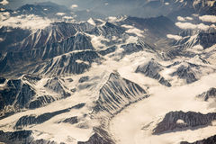 Vogelperspektive des Gebirgszugs in Leh, Ladakh, Indien Stockfotos