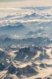 Vogelperspektive des Gebirgszugs in Leh, Ladakh, Indien Lizenzfreies Stockfoto