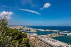 Vogelperspektive des Hafens in Barcelona, Spanien stockfotografie