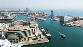 Vogelperspektive des Hauptgebäudes des Hafens Vell Barcelona Stockfotos