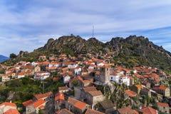 Vogelperspektive des historischen Dorfs von Monsanto in Portugal Stockfoto
