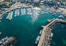 Vogelperspektive des Jachthafens Lizenzfreies Stockbild